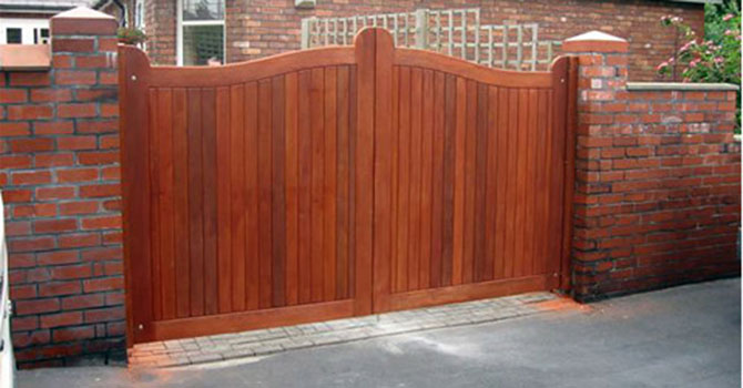 Solid Wooden Gating Built and Fitted